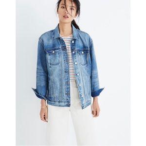Madewell Oversized Jean Jacket in Capstone Wash